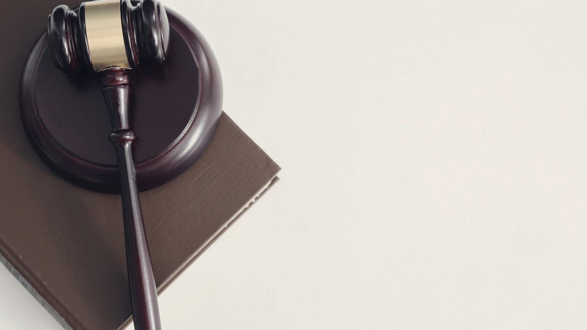 court-hammer-books-judgment-law-concept-min